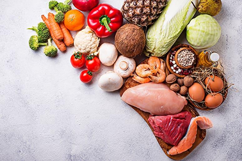 簡単ダイエットの秘訣は食事にあり!量を減らさず痩せる5つのポイント